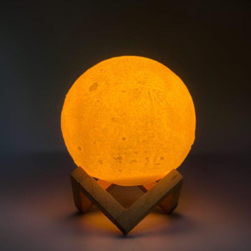 UFTMoonlamp (4)